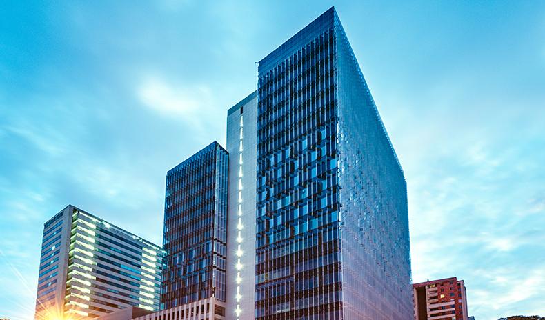 Imagen de Un edificio a la vanguardia de la construcción, en el nuevo centro empresarial
